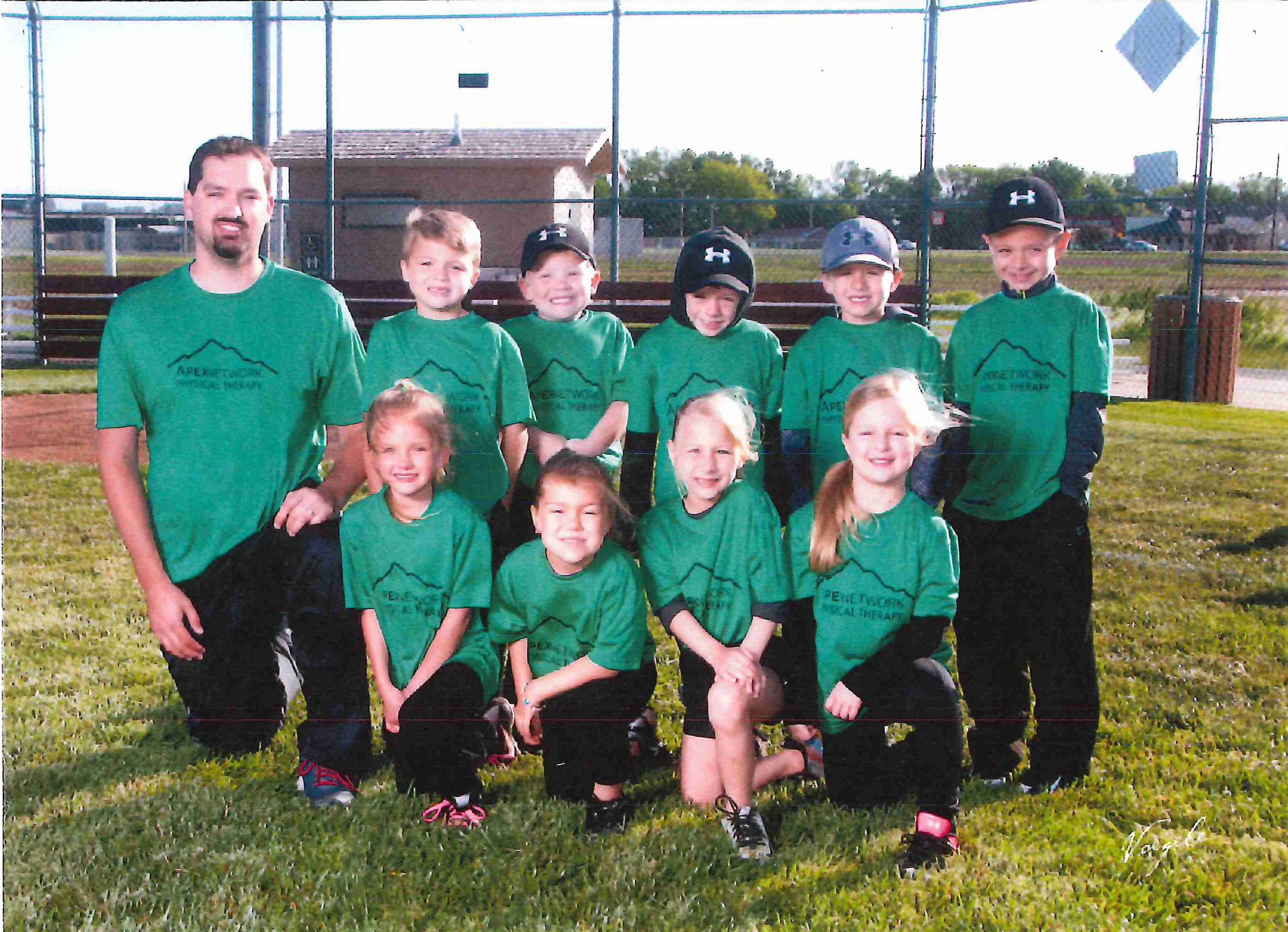 youth softball Archives - ApexNetwork Physical TherapyApexNetwork